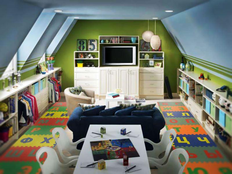 Также нужно продумать расстановку мебели, чтобы она не мешала  ребёнку свободно передвигаться
